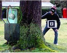 Виртуальное нечто, парящее в реальном лесу, - это NetAttack, иллюстрация с сайта fit.fraunhofer.de